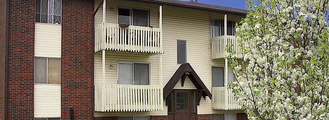 Broadway Apartments. 2309 West Broadway Columbia, MO 65203